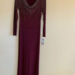 XSCAPE dress, burgundy color, New dress.